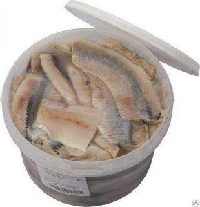 Филе сельди в масле ТМ Рыбный двор, 1 кг.